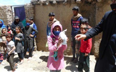 We distribute hygiene kits to needy families in Afghanistan and Kurdistan